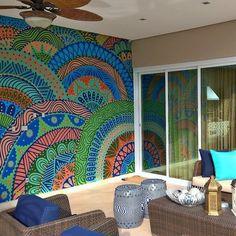 Biel Siqueira - Inspiração em mandalas, arabescos, explorando cores e técnicas de grafite;