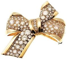 Estate Jewelry 9.00 cttw Diamond Bow Pin, 18K Gold, C. 1920s