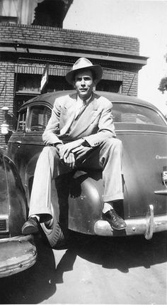 To celebrate the King of Country music, the one and only Hank Williams Sr. The music, his life, his lasting inspiration and unforgettable character Country Music Stars, Old Country Music, Country Western Singers, Outlaw Country, Country Music Artists, Country Musicians, Modern Country, Country Men, Vintage Country
