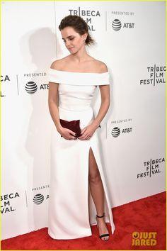 Emma Watson & Tom Hanks Premiere 'The Circle' at Tribeca Film Festival | emma watson tom hanks premiere the circle at tribeca 04 - Photo