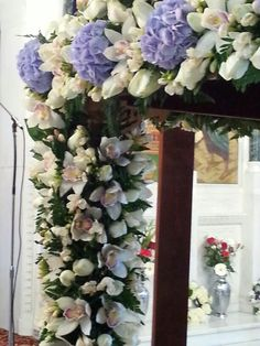 Details..... Church Flowers, Flower Arrangements, Greece, Floral Wreath, Friday, Easter, Wreaths, Tips, Home Decor