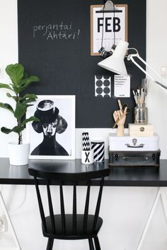 Via NordicDays.nl | Nurin Kurin | Home Office | Black and White