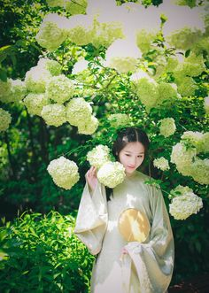 长安月 (Traditional Chinese clothes, hanfu by 吃货娃娃. This...)