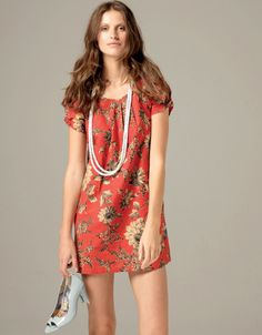 red floral tunic dress & pearls :)