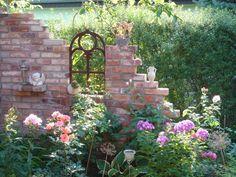 Gartenruine Backstein