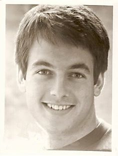 Young Mark Harmon in Gray T-Sh. is listed (or ranked) 1 on the list 29 Pictures of Young Mark Harmon. HOW SWEET! Celebrities Then And Now, Young Celebrities, Celebs, Mark Harmon, Sean Penn, Catherine Deneuve, Merle Oberon, Childhood Photos, Hollywood