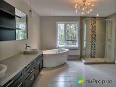 Salle de bain de rêve à voir à Charlesbourg #DuProprio