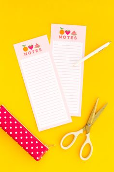 Write down your grocery list, daily tasks, or other things you don't want to forget on this free printable summer fruit note sheet. Gift Tags Printable, Printable Stickers, Free Planner, Printable Planner, Printable Designs, Free Printables, Note Sheet, Freebies, Craft Free