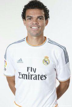 Pepe - Oficial Portrait