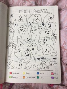 If you're looking for mood tracker ideas for your bullet journal, then you've come to the right place. Here are 36 monthly bullet journal mood tracker ideas you have to try! Bullet Journal Tracker, Doodle Bullet Journal, Bullet Journal Mood Tracker Ideas, Bullet Journal 2020, Bullet Journal Aesthetic, Bullet Journal Notebook, Bullet Journal Ideas Pages, Bullet Journal Inspiration, Bullet Journal October Theme