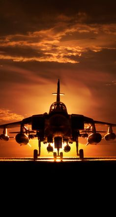 Into the twilight zone. Airplane Fighter, Fighter Aircraft, Military Jets, Military Aircraft, Air Fighter, Fighter Jets, Military Pictures, Aircraft Design, Jet Plane