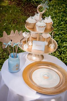 Magical Cinderella Birthday Party via Kara's Party Ideas. # Createurplate