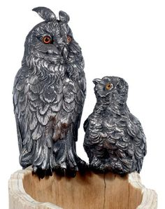 Grand Duke and his little silver natural, glass eyes. They are perched on a hollow tree trunk carved ivory imitating the trunk of an oak. Mounted lamp. Goldsmith Charles Asprey and George Asprey. London, 1896-1897.