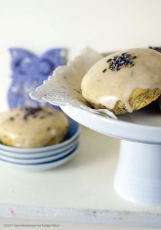 lavender tea cakes. I want one now!