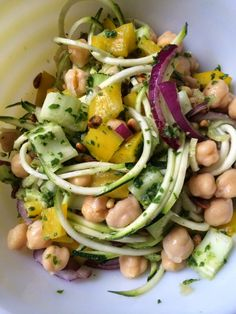 Chickpea Pesto Zoodles [zucchini noodles] (Dairy free, meat free, gluten free, low fat, high protein, nutrient dense aka DELICIOUS)