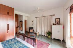Indian Bedroom, Bungalow House Design, Indian Homes, Home Decor Bedroom, Bedroom Ideas, Master Bedroom, Room Decor, Indian Home Decor, Beautiful Interiors