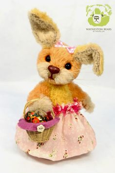 Belle by Wayneston Bears