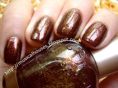 Elianto Burnt Umber: Rich Autumn in a Nail Polish! - Of Faces and Fingers