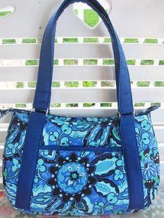 DIY Vera Bradley-ish purse! http://www.lshf.org/