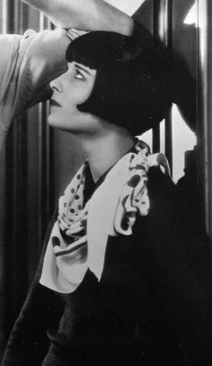 Louise Brooks Louise Brooks, Belle Epoque, Film Icon, Ancient Beauty, Lost Girl, Roaring Twenties, Silent Film, Beautiful Actresses, Old Hollywood