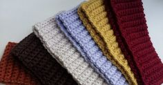 Free pattern for a ribbed crochet headband.