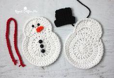 Ideas Crochet Christmas Stocking Pattern Repeat Crafter Me Crochet Christmas Garland, Crochet Christmas Stocking Pattern, Crochet Snowman, Snowman Christmas Ornaments, Christmas Applique, Crochet Ornaments, Holiday Crochet, Crochet Snowflakes, Crochet Crafts