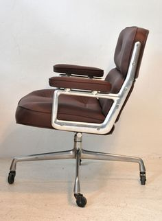 Eames Time-life lobby chair 60's
