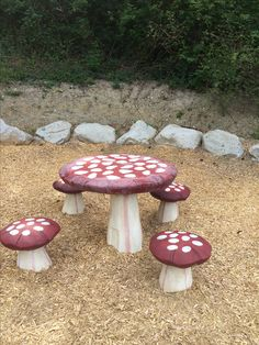 toadstool toddler table