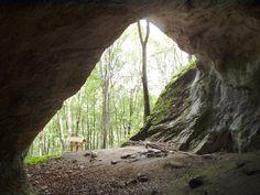 Balla-barlang, kilátás a barlangból, Bükk hegység, Répáshuta