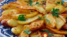Úžasne chutné jogurtové zemiaky upečené za 30 minút! Czech Recipes, Vegetable Recipes, Vegetarian Recipes, Cooking Recipes, Healthy Recipes, Salty Foods, Fast Dinners, Good Food, Yummy Food