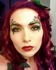 #poisonivy #villian #ivy #batman #red #green #cosplay #altmodel #cosplaymakeup