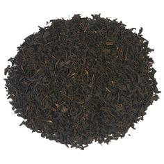 EARL GREY SPECIAL | Earl Grey Special is een gearomatiseerde zwarte thee, verfijnd met verse bergamot (een citrusvrucht). Deze toevoeging geeft deze Earl Grey net een beetje een sterkere smaak. Lekker voor een relaxte zondagochtend, bijvoorbeeld. Maar ook een aanrader wanneer je thee graag mengt met een scheutje melk. |