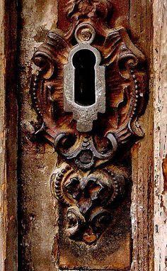 Keys Hole, Patina, Hardware, Rustic Doors, Doors Knobs, Brown Doors, Doors Locks, Antiques Doors, Old Doors