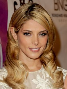Ashley Greene Hairstyles - October 15, 2013 - DailyMakeover.com