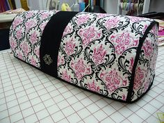 I soo want to make this dust cover for my Cricut Expression, in this exact pattern.