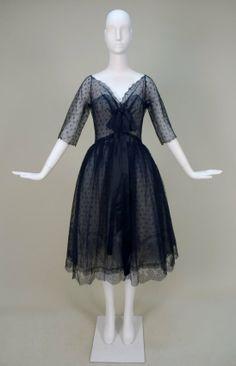 1950s Fashion | 818: CHRISTIAN DIOR PARIS CHANTILLY LACE PARTY DRESS, c : Lot 818