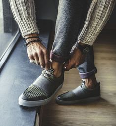 MDV SHOES: INTRODUCING THE SLIP ON - CASUAL OFFICE OUTFIT