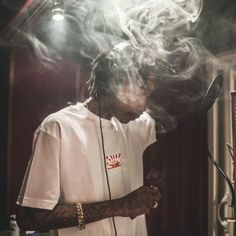 Wiz Khalifa – James Bong