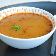 Fotografie receptu: Bramborová polévka s mrkví a hráškem