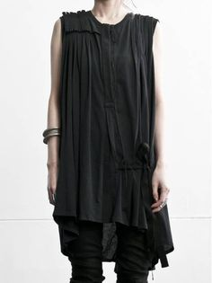 ANN DEMEULEMEESTER, PLEATS DRESS.
