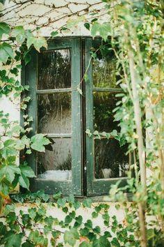 Shamrock Cottage: #Shamrock #Cottage.