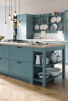 Country style, lovingly converted into blue-gray satin lacquer. There are more ideas for kitchen and living at Spitzhüttl Home Company. # kitchen About Küche planen mit Rundum-Sorglos-Service bei Spitzhüttl Hom Diy Furniture Plans, Diy Outdoor Furniture, Farmhouse Furniture, Farmhouse Decor, Country Farmhouse, Rustic Kitchen, Country Kitchen, Kitchen White, Country Decor