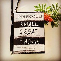 #smallgreatthings #jodipicoult #bookbag by #krukrustudio #leatherbag #bookpurse #bookclutch