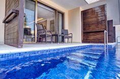 luxury-accommodations-563C2842E-5AA5-5DE5-6DCA-A1024957C99C.jpg