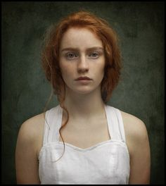 Redhead of the day ! Portrait Art, Portrait Photography, Female Portrait, Kreative Portraits, Photographie Portrait Inspiration, Foto Art, Beautiful Redhead, Ginger Hair, Drawing People