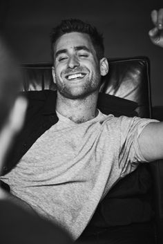 Oliver Jackson Cohen, Interesting Faces, Cute Faces, Man Crush, Perfect Man, Celebrity Crush, Character Inspiration, Beautiful Men, Sexy Men