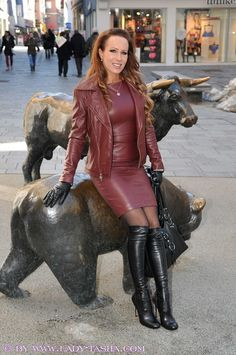 Very nice wine red leather outfit