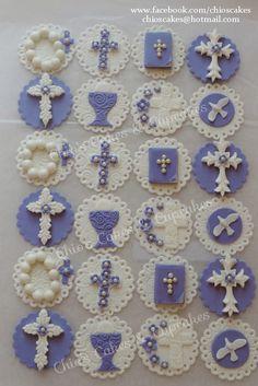 Communion Fondant Cupcake / Cookie Toppers. Follow me: www.facebook.com/chioscakes #communion #communionfondantcupcaketoppers #communioncupcakes #communioncookies