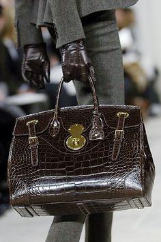 2b747d1e6cc5 Ralph Lauren Fall 2006 Ready-to-Wear Collection Photos - Vogue Fab Bag