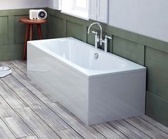 Coates Straight Bath 1600 x 700mm - M_1046_1600 scene square medium